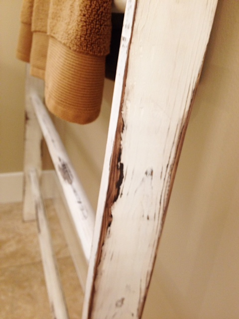 Vintage Ladder Towel Rack www.mytributejournal.com