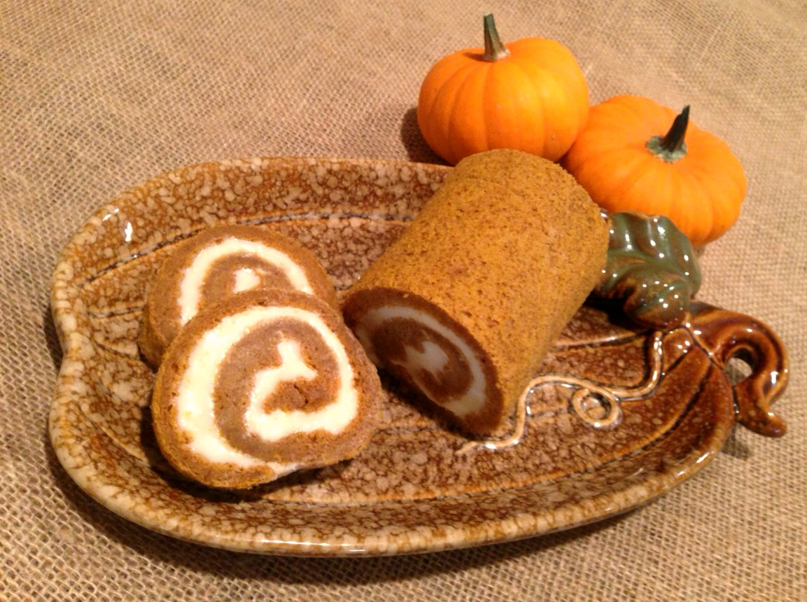 Pumpkin Roll Recipe! www.mytributejournal.com
